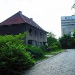Carlotastraße 03