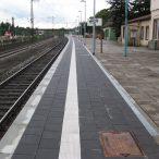 007 Bahnsteig 6 in Fahrtrichtung Hamburg